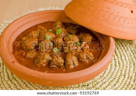 Moroccan kefta in tomato sauce