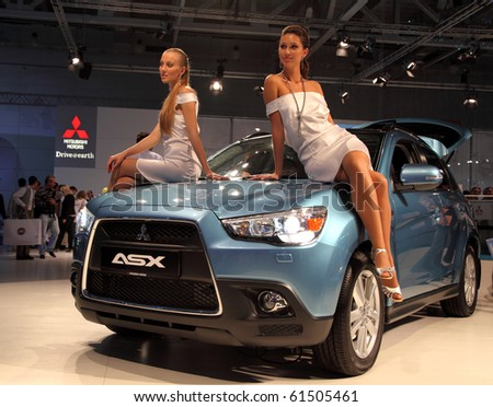 Moscow aug 29 mitsubishi asx moscow international motor show 2010