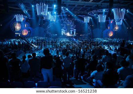Moscow - JUNE 6: Jenifer Lopez on MUZ-TV Music Awards. public on concert