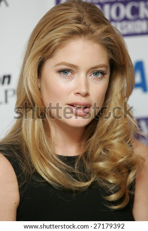 doutzen kroes hairstyles. doutzen kroes hair colour.