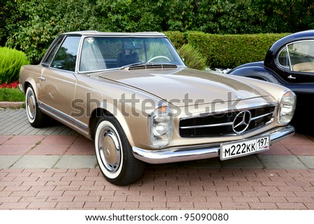 MOSCOW, RUSSIA - SEPT 24: A 1965 Mercedes-Benz 230SL Pagoda in final stage of the competition for classic cars at the \