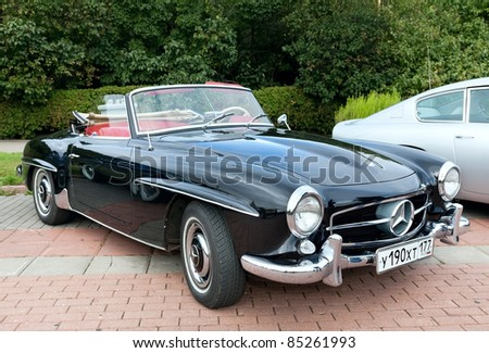 MOSCOW, RUSSIA-SEPT 24: A 1960 Mercedes-Benz 190SL Roadster in the final stage of the competition for classic cars at the Closing  of the season Rally Retro Car on September 24, 2011 in Moscow, Russia