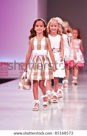 Moscow September 7 Collection Of Clothing Special Day At The International Exhibition Of The