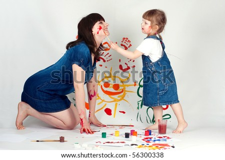 mother and daugher painting