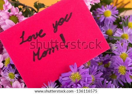 mother day greeting, love you mom, with handwritten message.