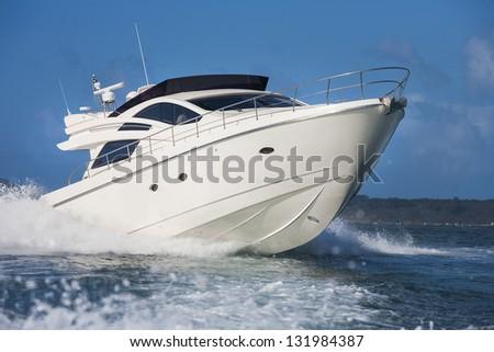 Shutterstock motor boat