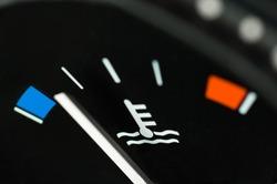 Motor temperature gauge of a car