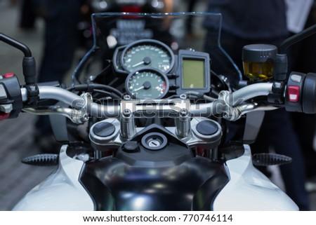 Motorcycle indicator digital.