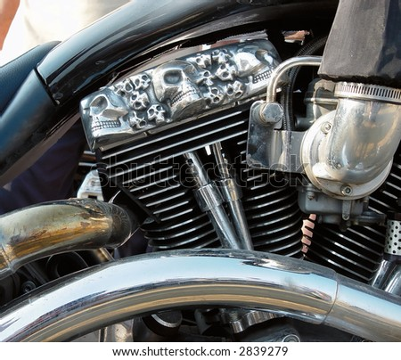 Motorcycles engine with skulls