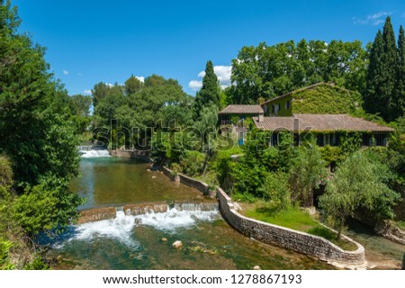 Moulin de Serres, historic mill at the river La Nartuby in Le Muy in the Department Var of the province Provence-Alpes-Cote d´Azur Foto stock ©