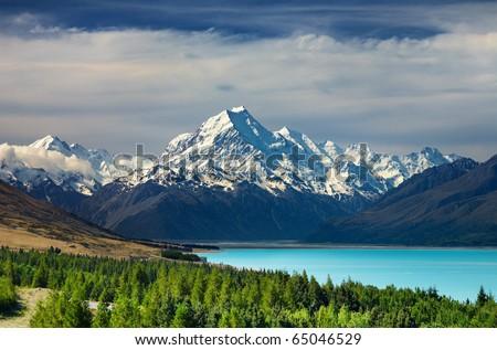 Mount Cook and Pukaki lake, New Zealand