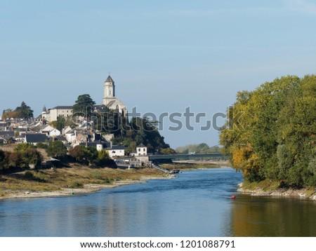 mount Glonne and Saint Florent le Vieil seen from the eurovelo 6, Loire valley, France Stok fotoğraf ©