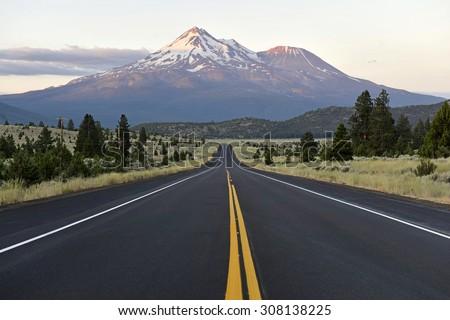 Mount Shasta volcano, California #308138225