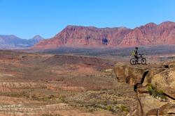 Mountain biking in the southern Utah desert, USA
