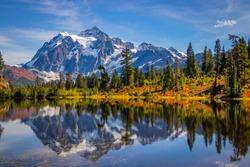 Mountain lake, Mt. Shuksan, Washington st, Northern cascades
