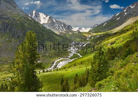 Mountain lake, Russia, Siberia, Altai mountains, Katun ridge. #297326075