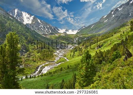 Mountain lake, Russia, Siberia, Altai mountains, Katun ridge. #297326081