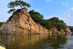 Mountain portion in Hogenakkal Falls in India