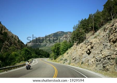 Gebirgsstraße in den Kolorado Bergen