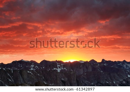 mountain sunset in the wind river range of Wyoming