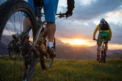 mountainbike sunset-sunrise