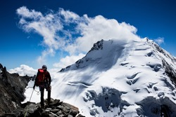 Mountaineer in the swiss alps