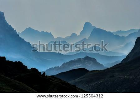 mountains #125504312