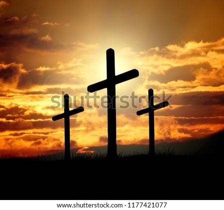 mounts three crosses, varese