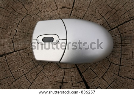 Mouse over trunk