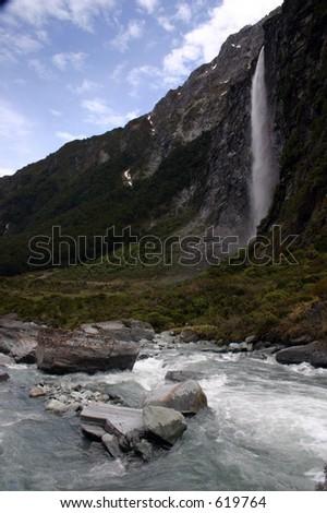 Mout Aspiring Waterfall