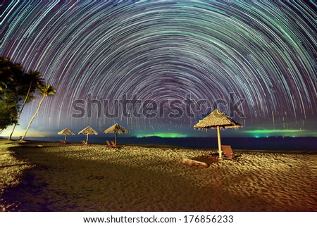 Moving Star Under The Hut