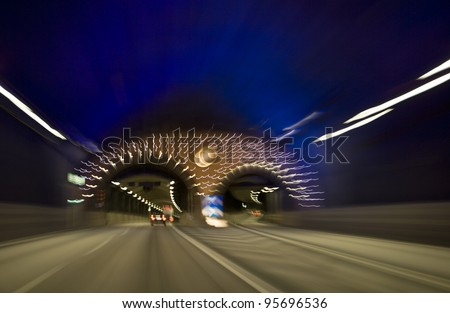 Moving traffic in a car tunnel