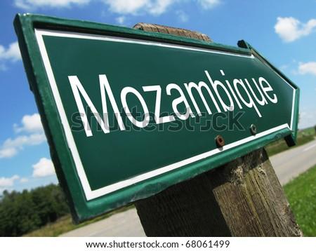 MOZAMBIQUE road sign