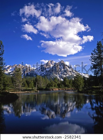 stock-photo-mt-mcgown-in-the-sawtooth-national-forest-of-idaho-2582341.jpg