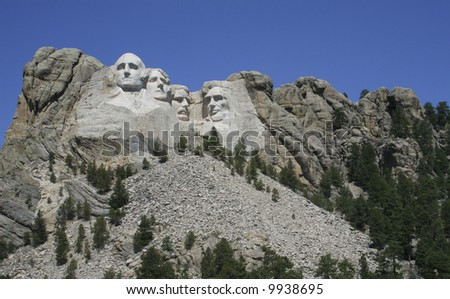 Mt. Rushmore on a clear summer day
