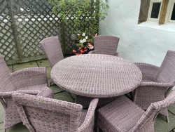 mulberry whicker table and chairs
