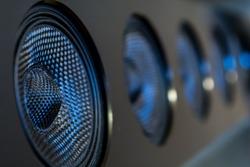 Multi-channel Soundbar with surround sound function