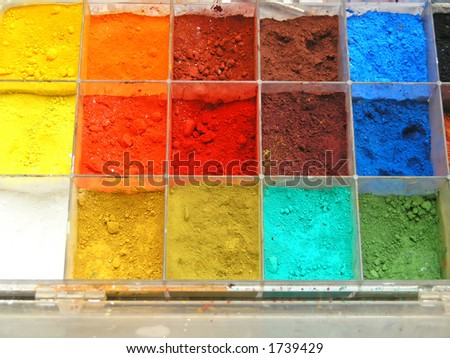 Multi-color palette