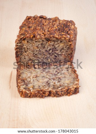 Multigrain bread without flour and yeast