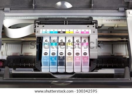Multiple printer cartrigdes