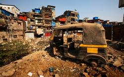 mumbai Asia biggest slum Dharavi, landscape view of dharavi, maharashtra