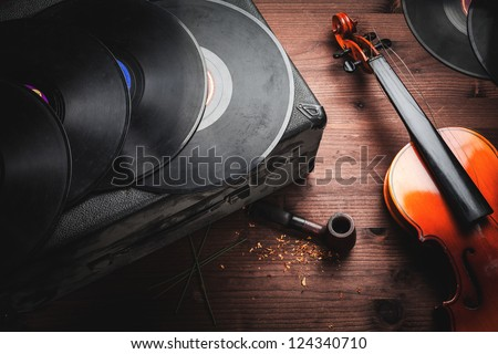 musical instruments and old objects