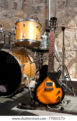 Musical instruments on stage, ready for the gig