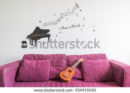 Free photos Piano and Ukulele | Avopix.com