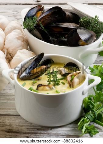 mussel soup saffron mussel stew recipe mussel soup with saffron creamy ...
