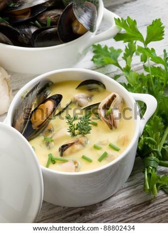 Saffron Mussel Stew Recipes — Dishmaps