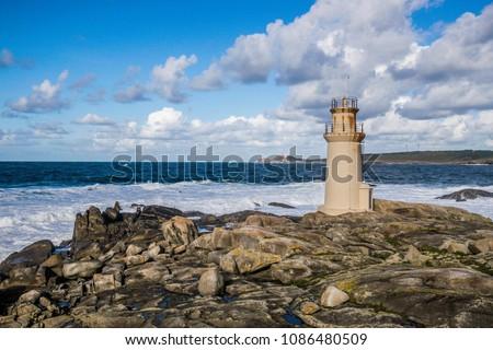 MUXÍA, FISTERRA, COSTA DE LA MUERTE, A COURUÑA, GALICIA, SPAIN: 'Nosa Senora de la Barca' lighthouse Zdjęcia stock ©