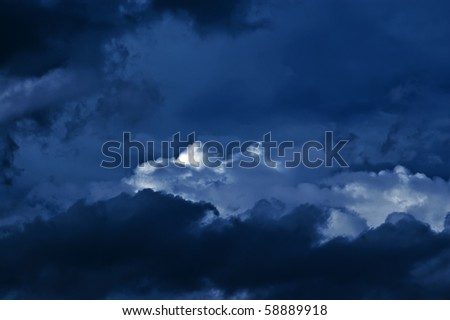 mysterious nightly cloudscape