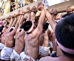 nada no kenka the fighting festival held in himeji city is a powerfull gathering where groups of men clash with portable shrines, the mikoshi