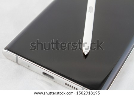NAMPA, IDAHO - AUGUST 23, 2019: The new Samsung Galaxy Note 10 5g has been released #1502918195